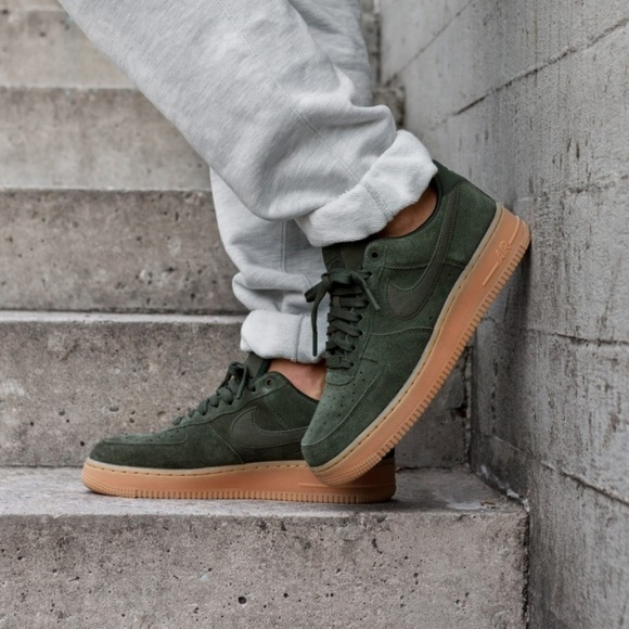 Nike Air Force 1'07 LV8 Suede Outdoor Green M